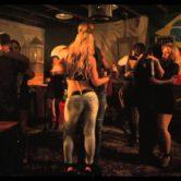 Vendredi / Viernes Latino by Studio Massaro